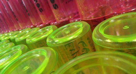 Copos Inquebráveis coloridos